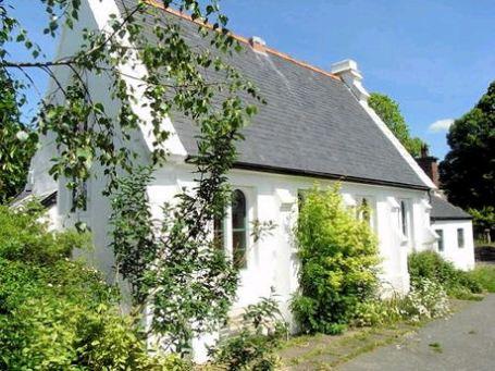 Three-bed detached house, £225,000, Strutt & Parker, Shrewsbury (Tel: 0843 2823 336)