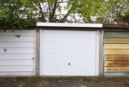 10.04.14 Garage 5
