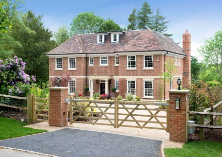 Katie price s west sussex mansion is for sale zoopla for Mansion house price